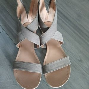 Sandals, suede, open toe